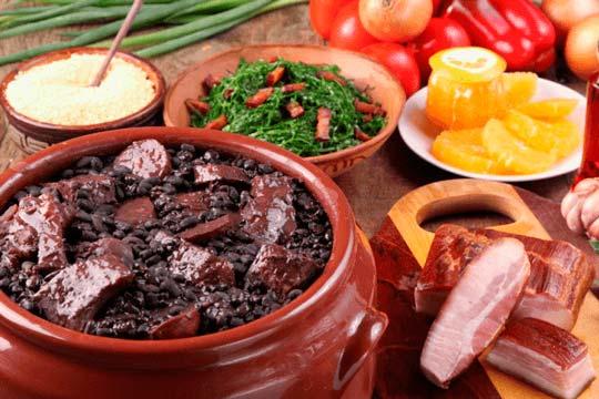Dicas e sugestões de carnes para fazer a melhor feijoada