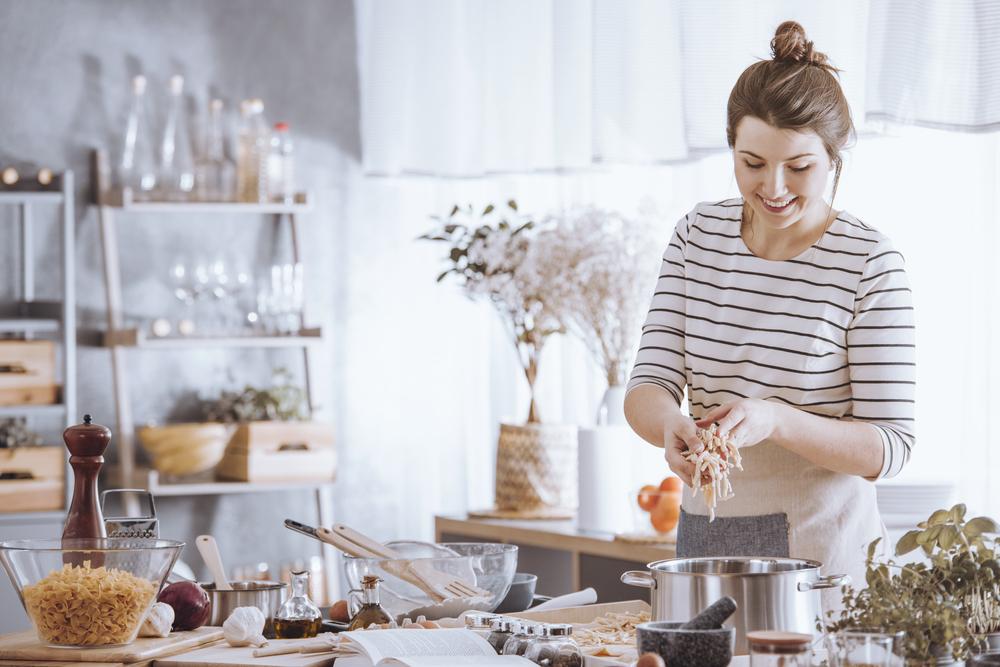 Truques na cozinha que vão facilitar sua vida no atual cenário